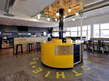 现代风创意办公室装修